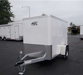 Enclosed Polar White 5' x 8' Cargo Trailer