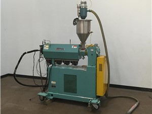 """1.5"""" American Kuhne Extruder, 24:1 L/D, Air Cooled,"""