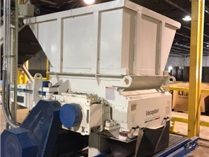 "52"" x 58"" Vecoplan RG52 Single Shaft Shredder"