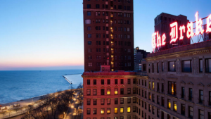 Preservation Group Puts Neon Signs On Annual List Of Chicago's 7 Most Endangered Buildings