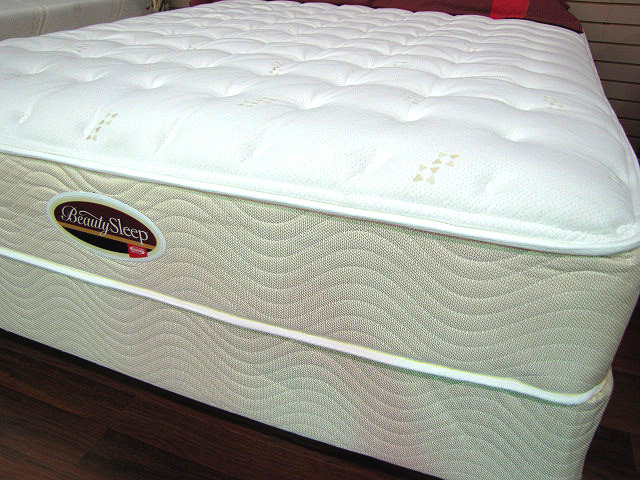 Simmons Beautysleep Ultra Plush