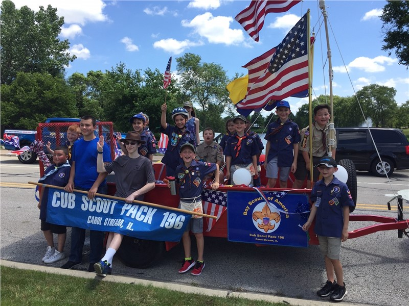 Advantage assists local youth organizations in 4th of July parades