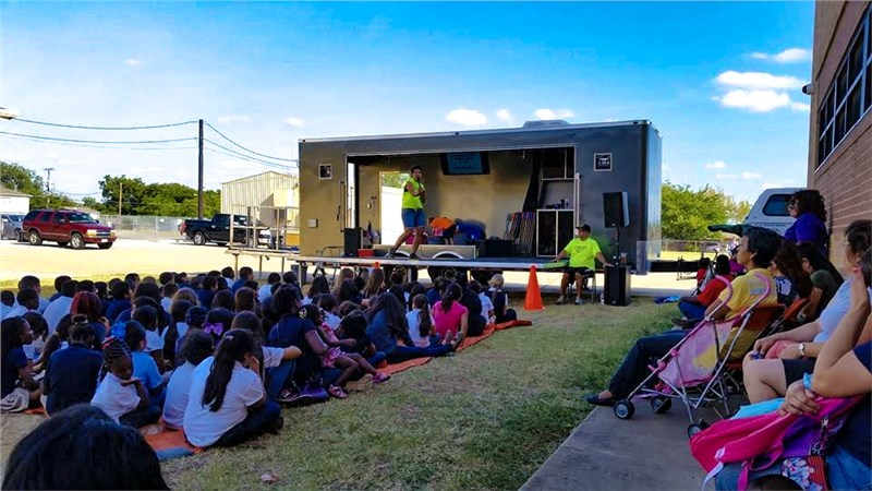 Fort Worth Metro Ministry Using Trailer to Bring Hope to the Forgotten
