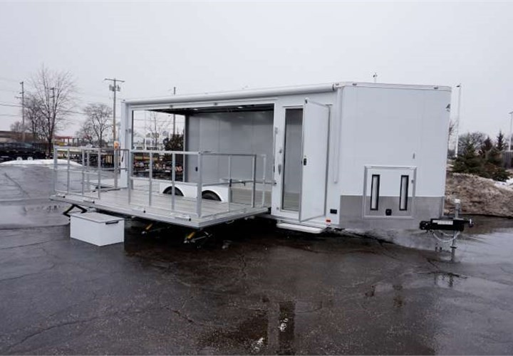 20-foot Stage Trailer with 4-foot Wedge
