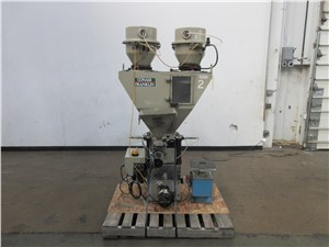 Conair 2 Component Blender, Model GB222 With 2 Additive Feeders
