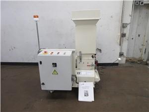 herbold low speed granulator (1).JPG