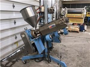 "1.25"" PFEX Single Screw Pedestal Extruder, 28:1 L/D, 10 HP AC Motor"