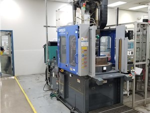 50 Ton Sumitomo Verical/Vertical Rotary Injection Molding Machine, Model SR50D-C75, New in 2011