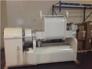 200 Liter AMK Double Arm Mixer, Model IIU. Carbon Steel, 12 HP