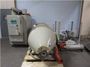 600 CFM Conair Dessicant Dryer_Model CD 600_1000 LB Hopper (1).JPG