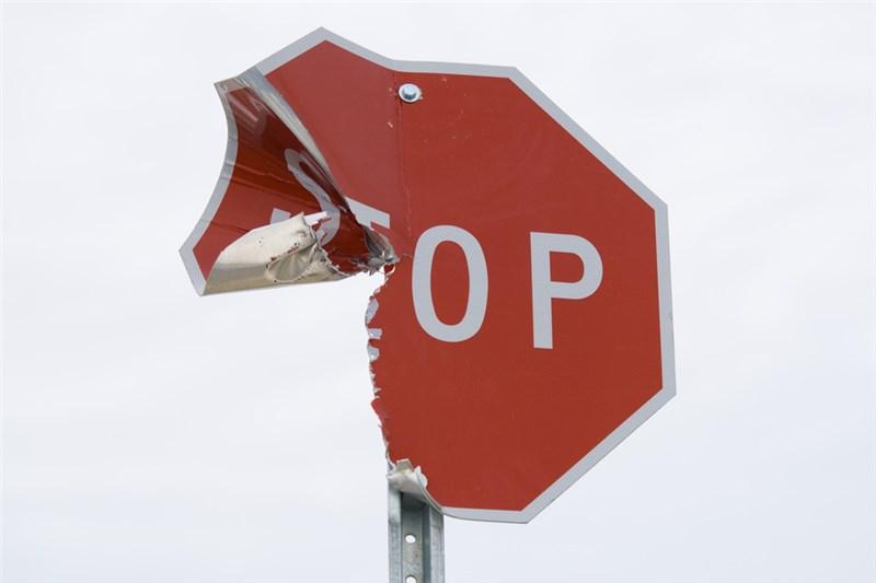 Sign Repair and Maintenance