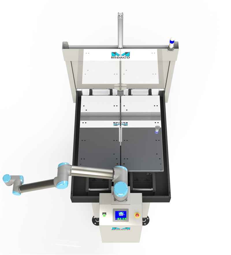 Midaco Automatic Pallet Changer with UR10 robot arm extended to the left in birds-eye view