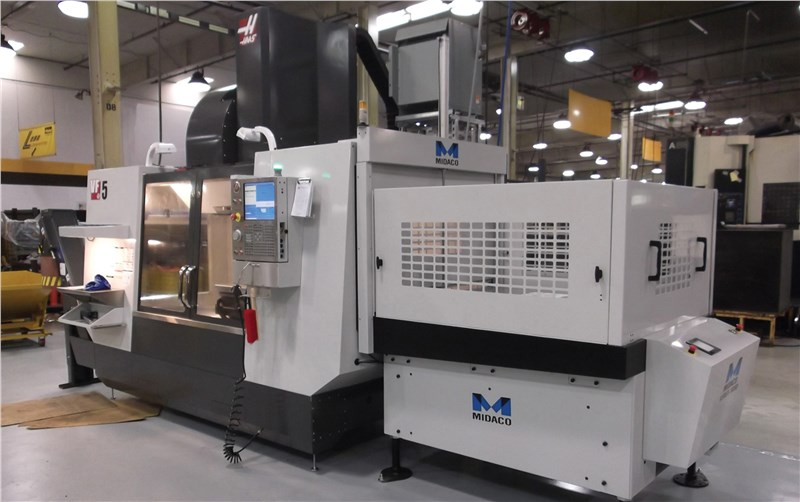 Midaco pallet changer shown on Haas VMC