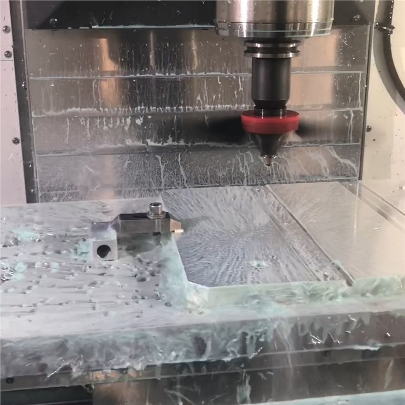 Midaco Chip fan blowing debris and coolant in CNC machine